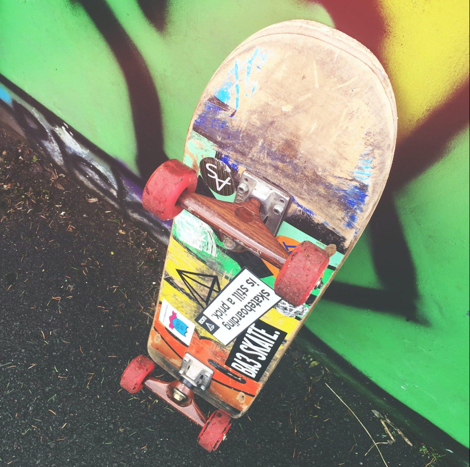 sticker su skateboard